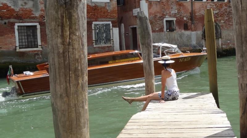 venezia taxi.jpg