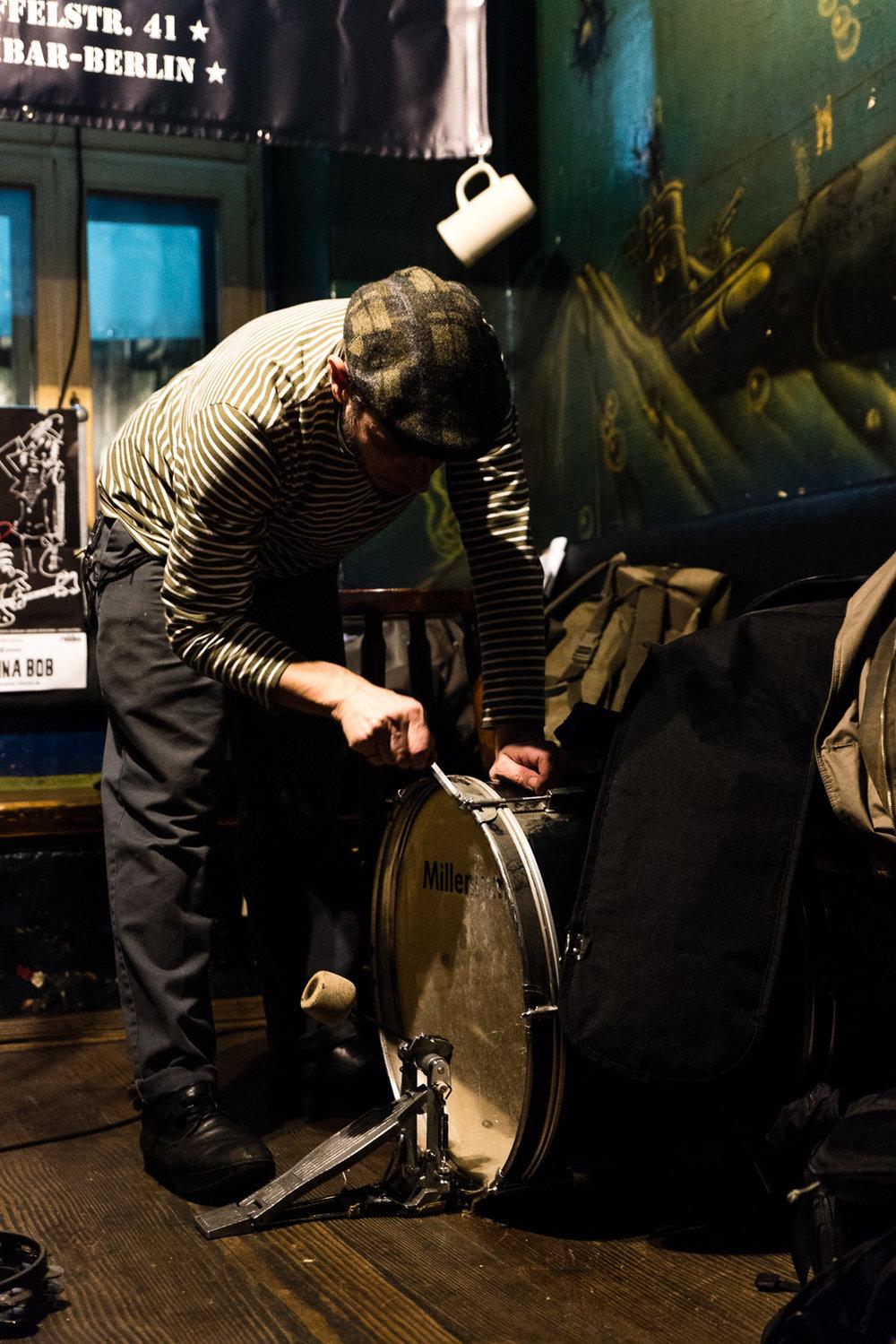 Vic Ruggiero at Milchbar, Berlin_by Philipp Lindenau_www.philipplindenau.com-2.jpg