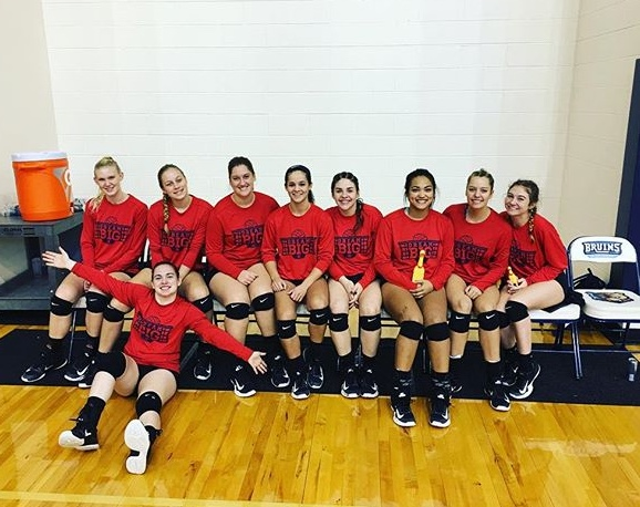The Randall University Saints volleyball team helping support our mission by wearing the Dream Big volleyball shirts at the national tournament. We are grateful for their support! Congrats on a great season!!