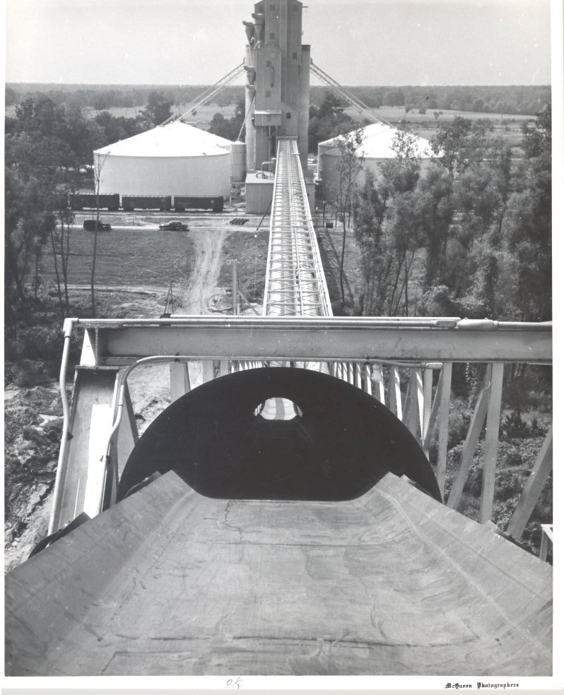 1955 Grain Elevator Conveyor System to Dock