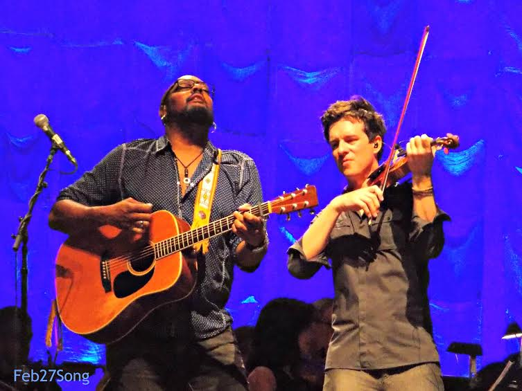 Performing with Tariqh Akoni at the Summer with Symphony Tour Mann Center, Philadelphia, PA August 27, 2014 Photo by Susan Caras Feb27Song