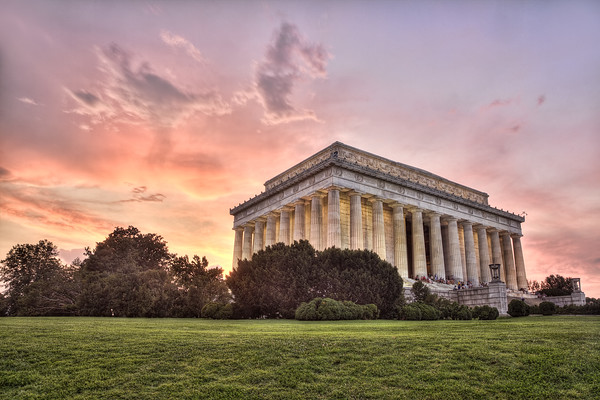 lincoln memorial at sunset_angelapan.jpg