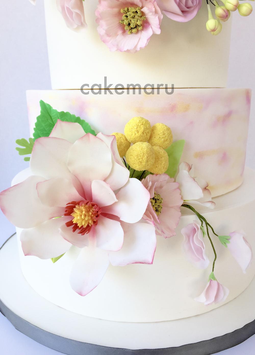 Wreath Wedding Cake Detail .jpg