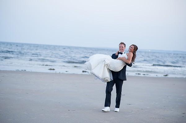 azaleaevents.com beach wedding bride and groom