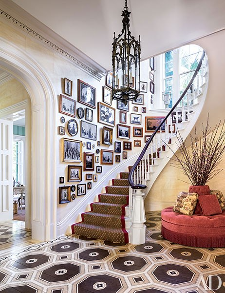 Staircase of Silhouettes. 1850 Charleston mansion, interior by Mario Buatta via  Architectural Digest