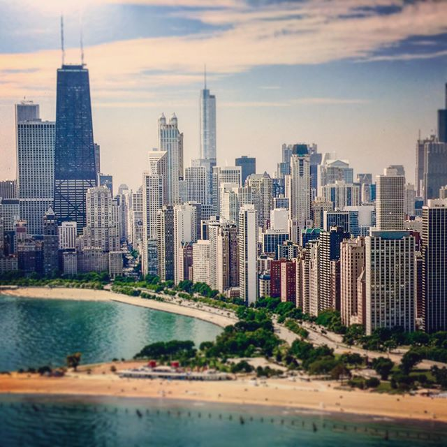 Miss you Chicago! I keep thinking back to the good times! @konsequence @juatw @andradohrn