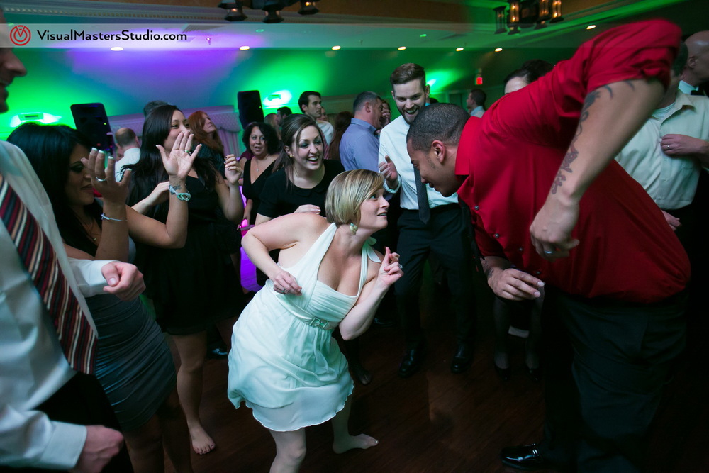 Dancing at The Castle at Skylands Manor by Visual Masters