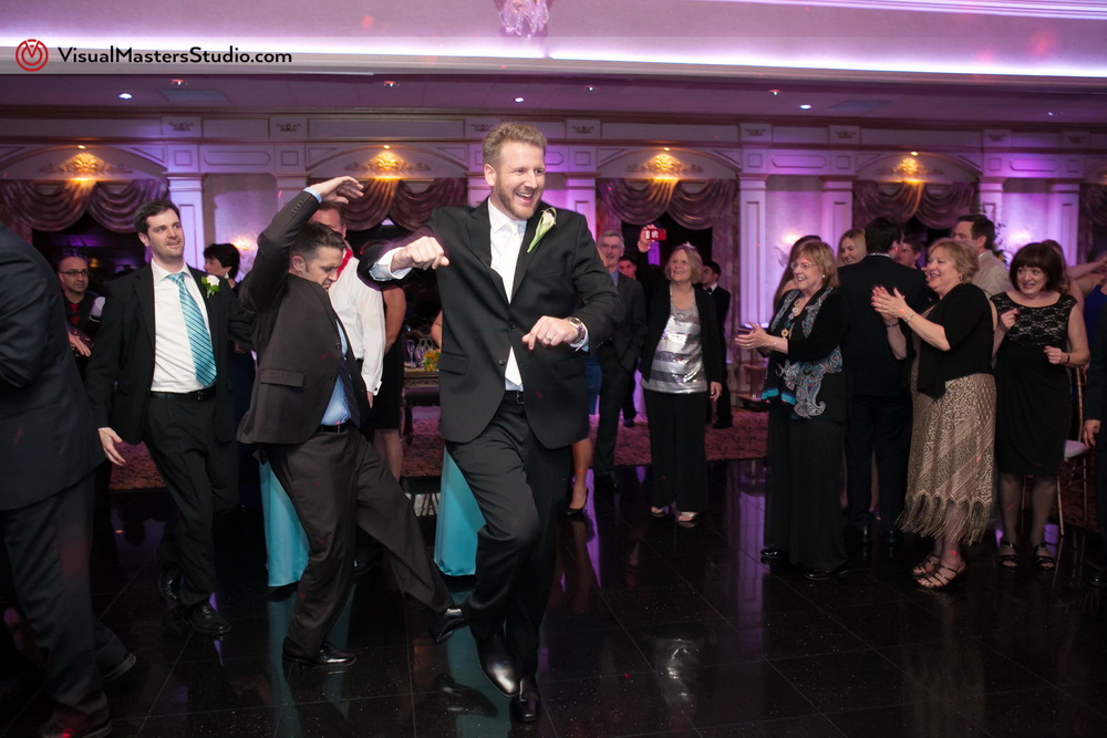 Groom Dancing at IL Tulipano by Visual Masters