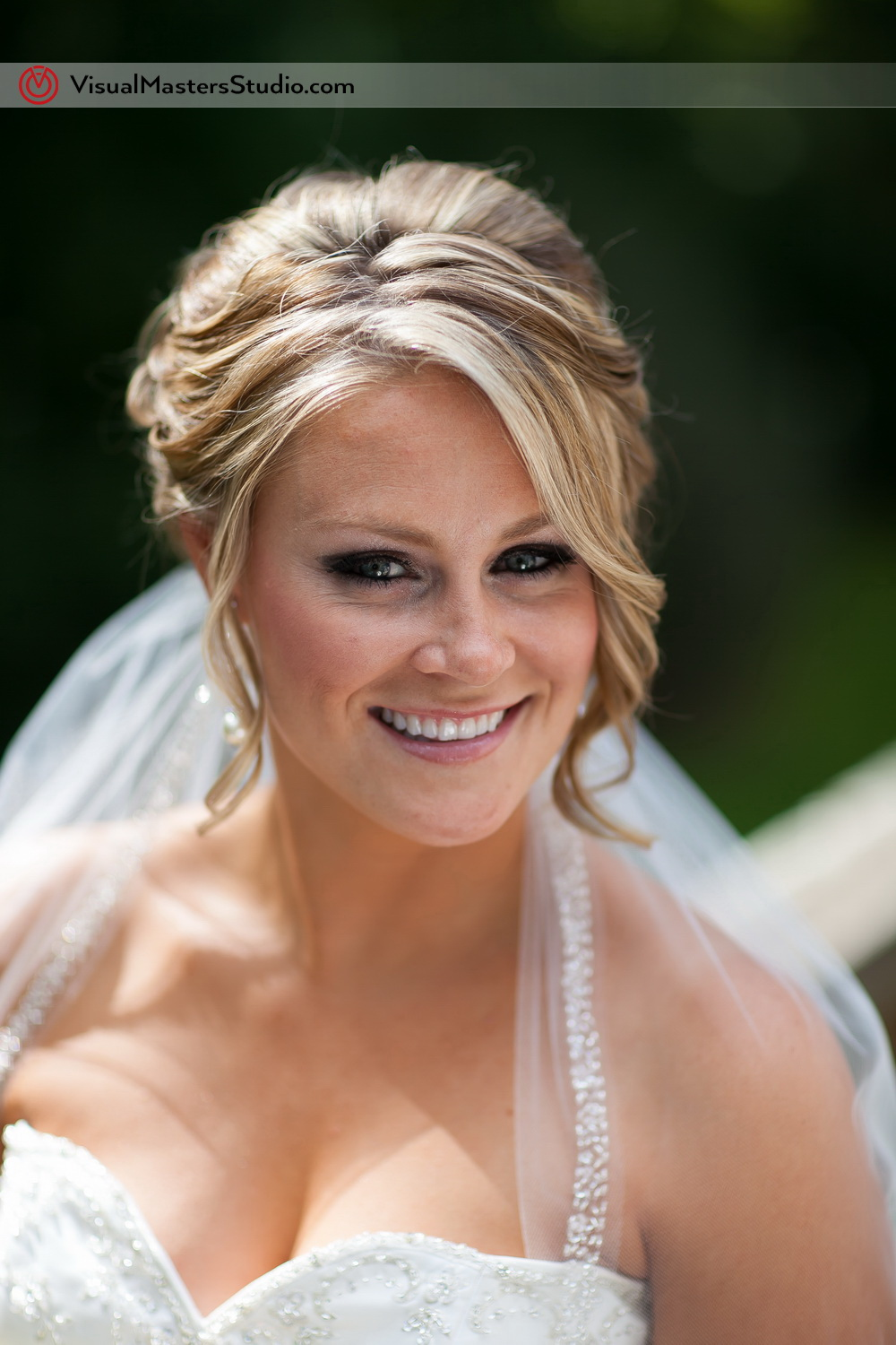 Beautiful Bride by Visual Masters