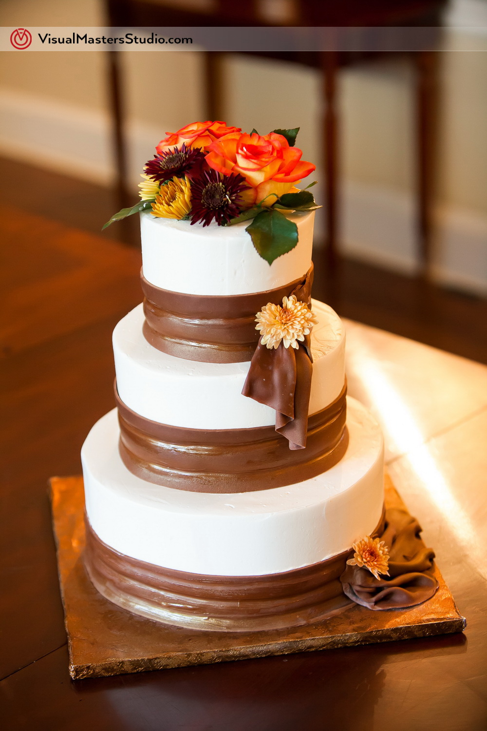 Wildflowers Wedding Cake by Visual Masters