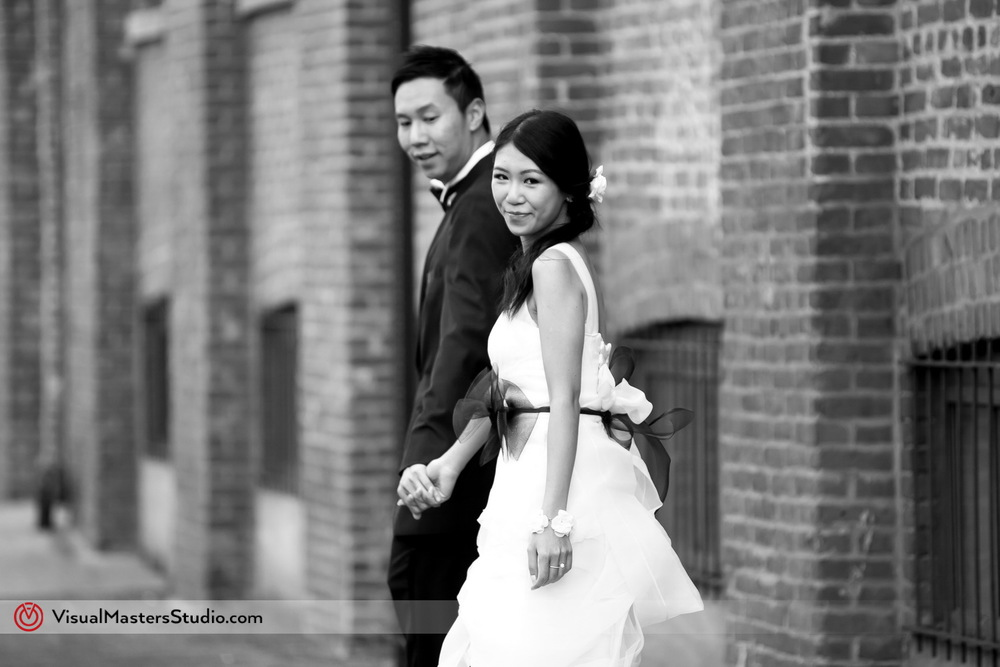Wedding Session in Dumbo by Visual Masters