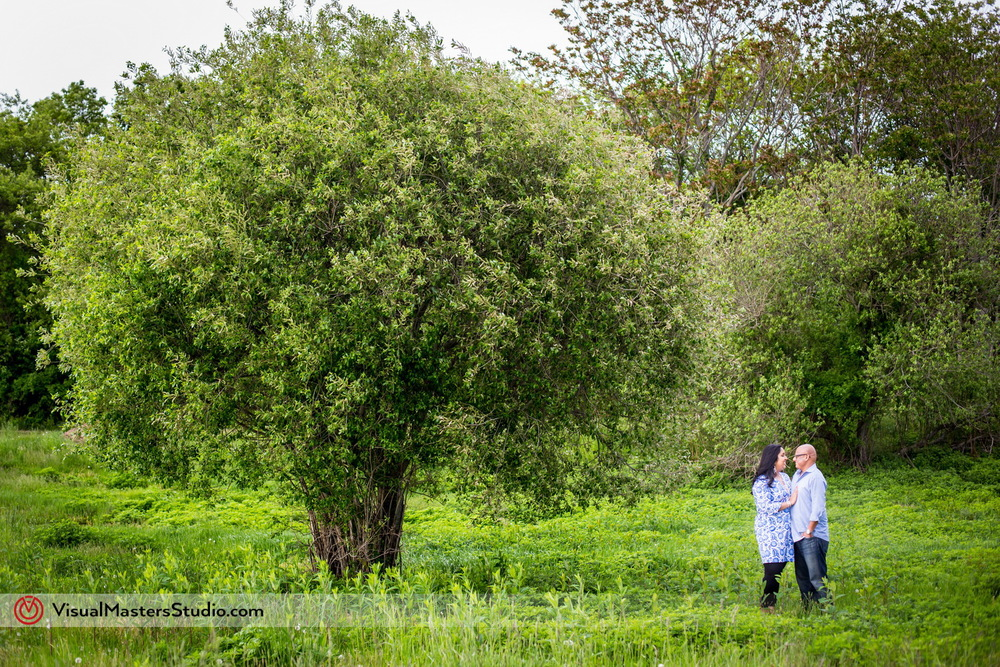 Long Island Engagment at Paunamok Vineyards by Visual Masters