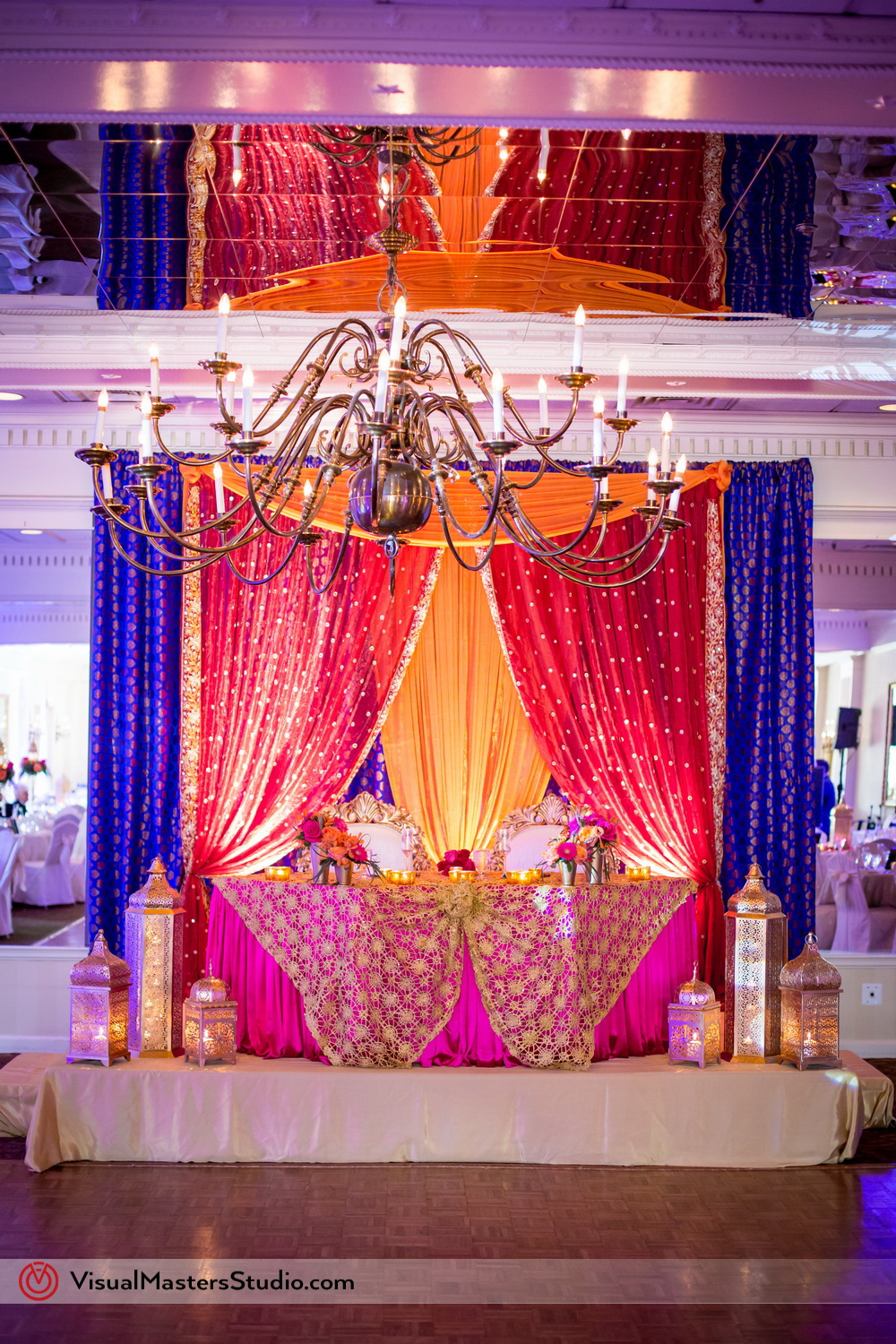 Modern Indian Wedding Madap Ideas at Mayfair Farms by Visual Masters