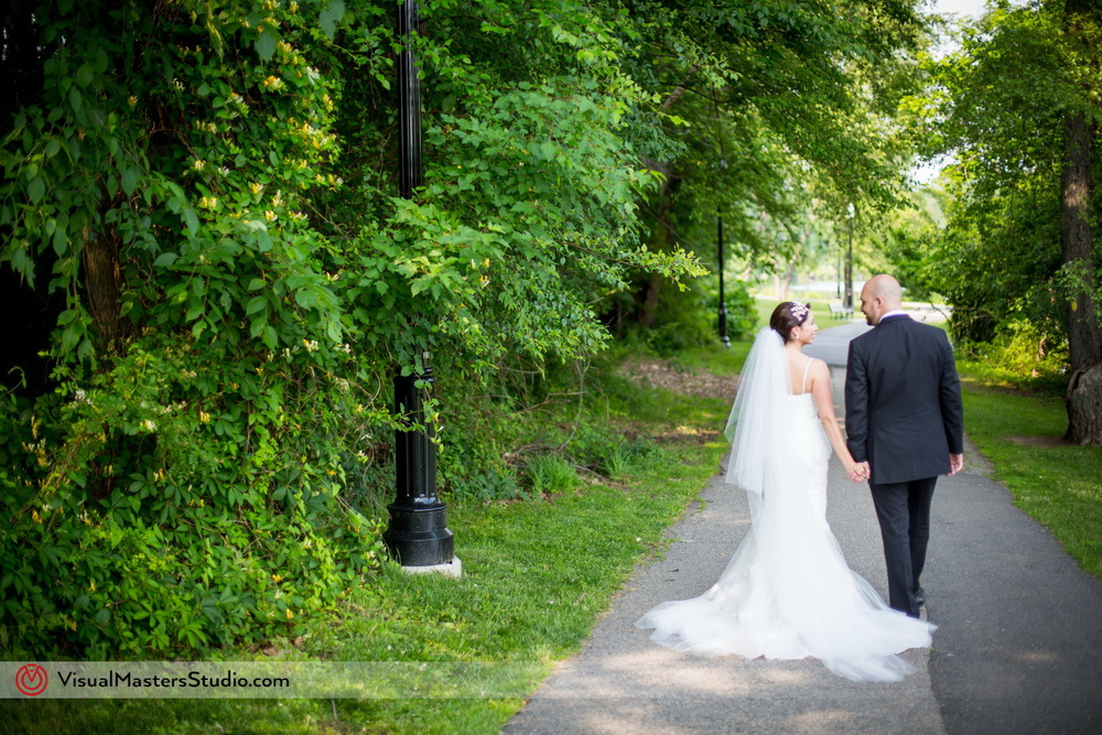 Photojournalistic Bridal Portrait at Verona Park by Visual Masters