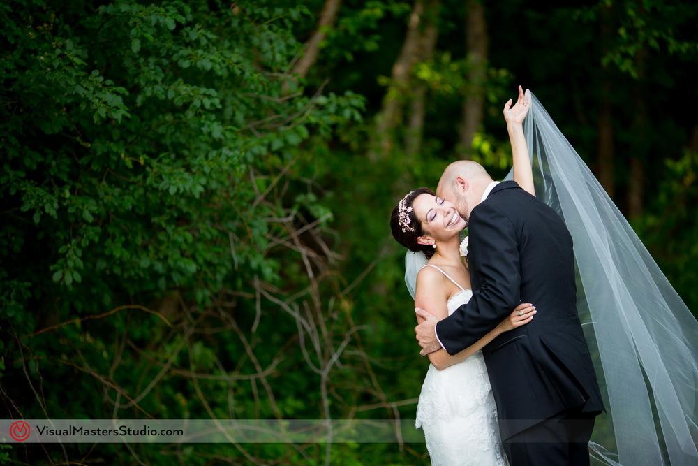 Bridal Photo Session Ideas at Verona Park by Visual Masters