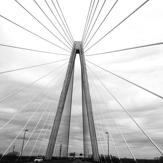 We love passing great architecture on a road trip! Elegant bridges are amazing feats of design, engineering and construction. It's always exciting to drive east and cross the Mighty Mississippi River!  Stan Musial Veterans Memorial Bridge St. Louis, Missouri • • • • • #stanmusialveteransmemorialbridge #stanmusialbridge #crossingthebridge #mightymississippi #mississippiriver #familyroadtrip #familyadventures #roadtrippin #roadtrippers #travelgram #traveldiaries #architectureporn #architecturelovers #photosinbetween #mytinyatlas #visualsoflife #visualcrush #fridayfun #neverstopexploring #lookingup #rsroadtrip  #abmtravelbug #fridayfeeling #architecture_hunter #livethelifeyoulove #travelmore #wanderluster #exploreinbetween #ElysianStudios