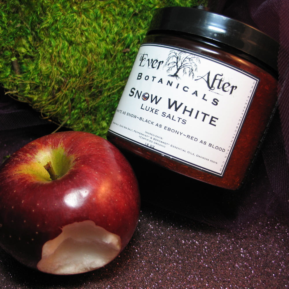 Snow White Luxe Bath Salts