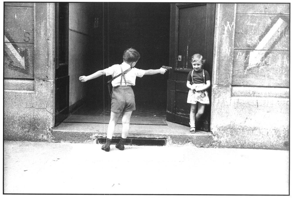 Via Mosè Bianchi angolo via Correggio. Milano, 1967.