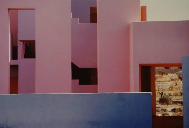 """""""La Manzanera"""": La Muralla Roja di Ricardo Bofill. Alicante, 1982."""