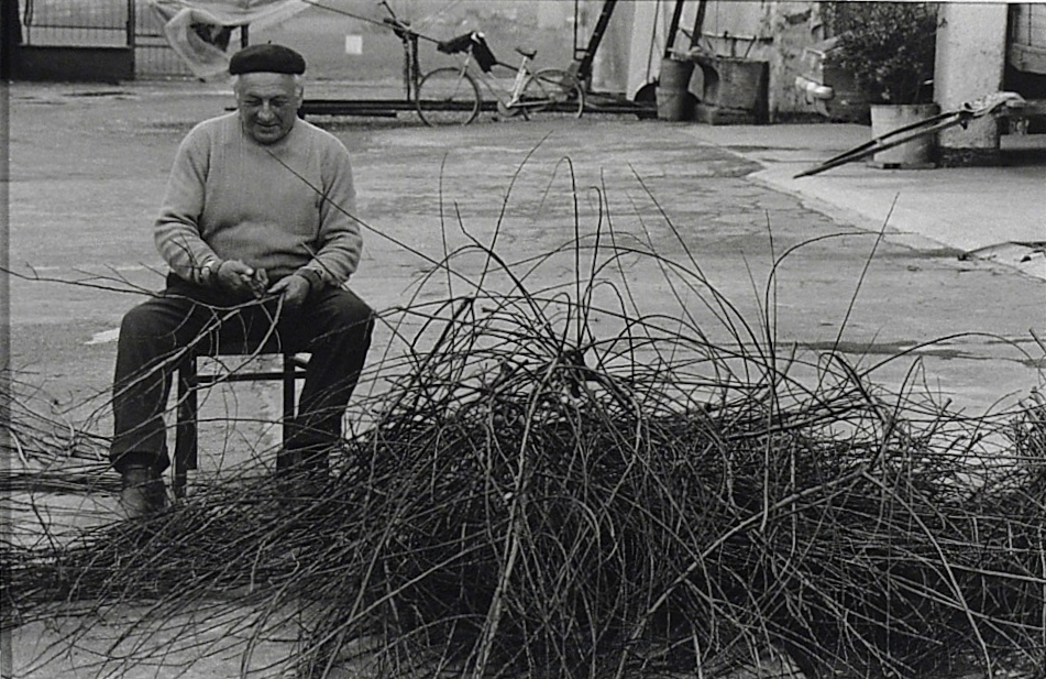"""I mestieri"". Capriolo, Lago d'Iseo, 1985."