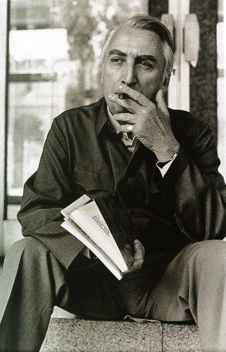 Roland Barthes al Congresso di Semiologia organizzato da Umberto Eco. Milano, 1974.