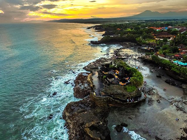 Temple Pura Tanah Lot - Bali #dji #phantom3 #dronedose
