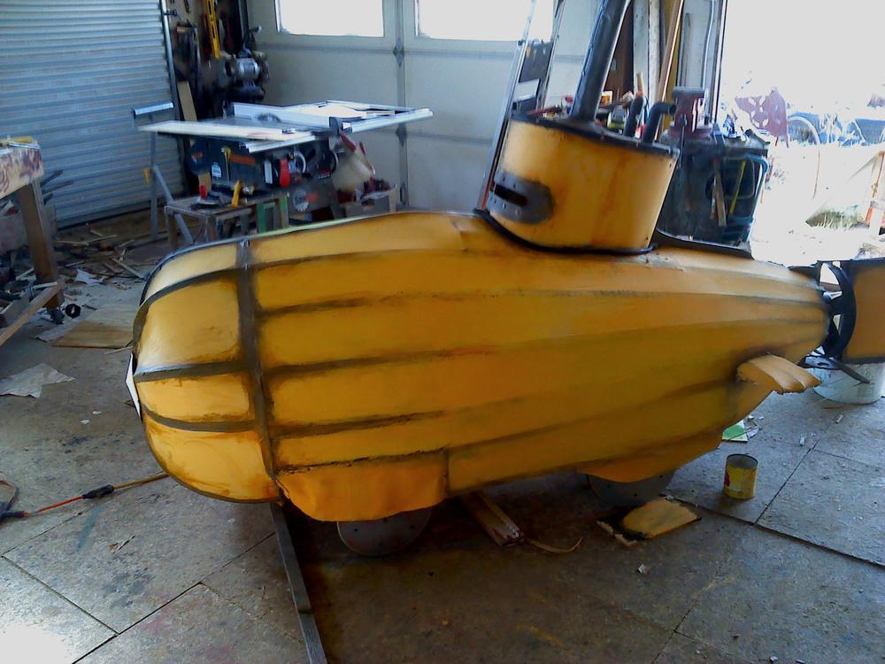 yellowsub3.jpg