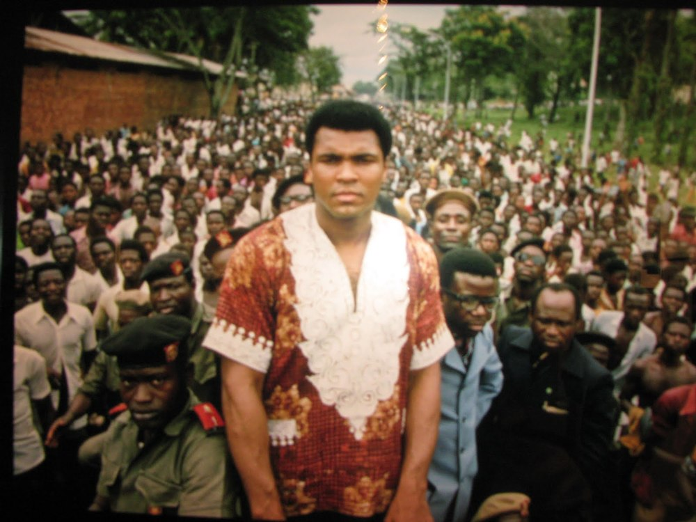 Muhammad Ali before the fight The Rumble In The Jungle, Zaire, 1975.JPG