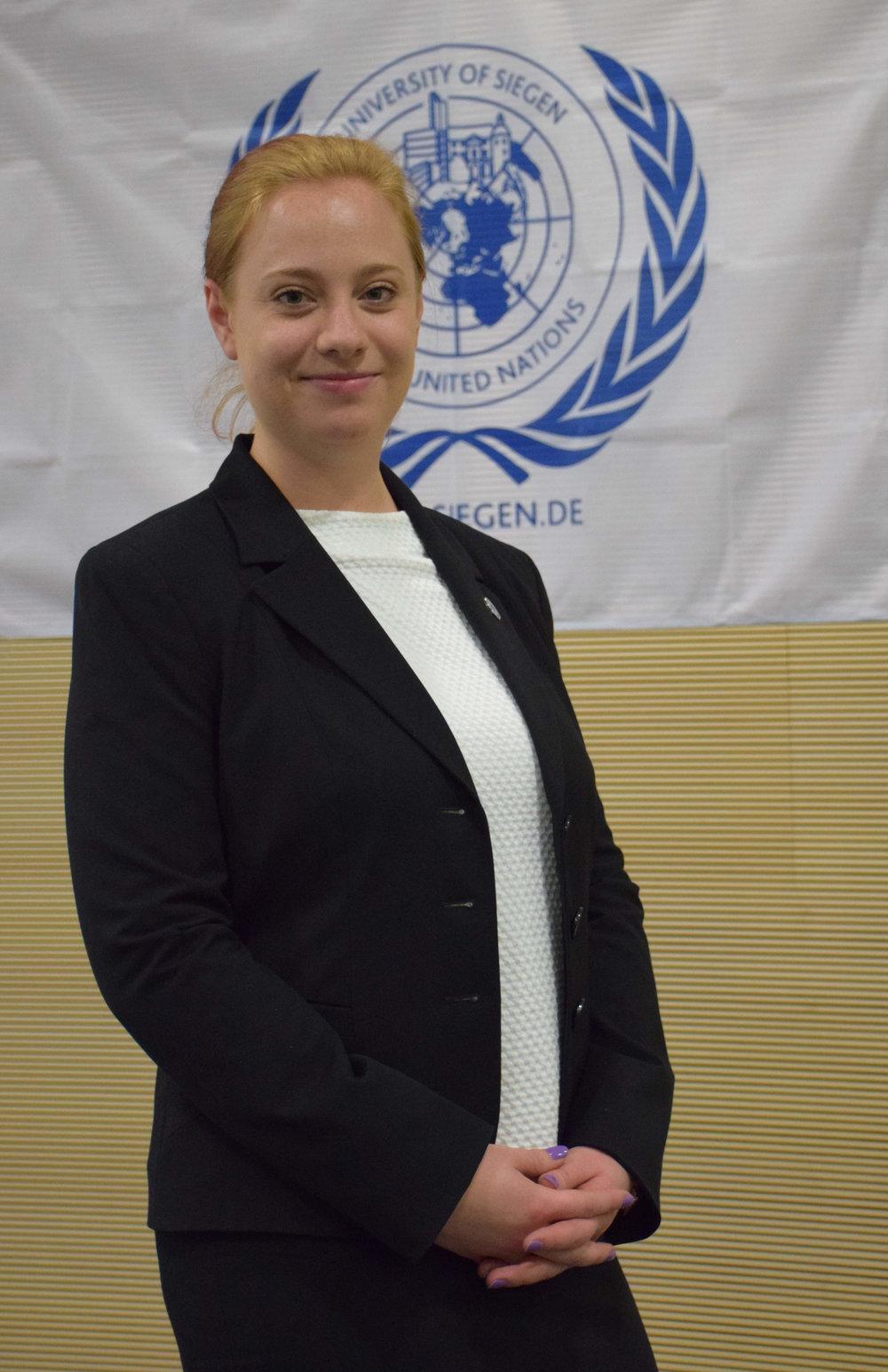 Faculty Advisor  Anke Freuwört