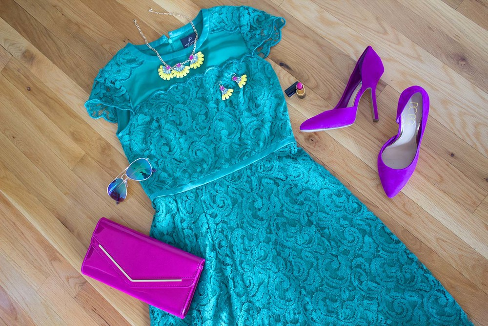 Green Lace Dress1.jpg