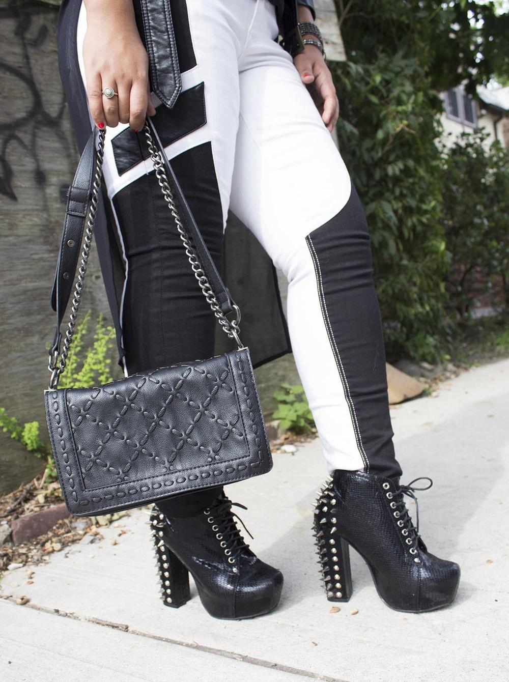 Black & white jeans 2.jpg