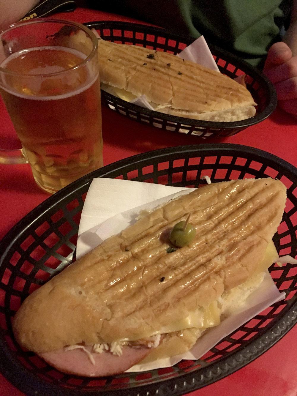 Sandwicheria La Bien Paga