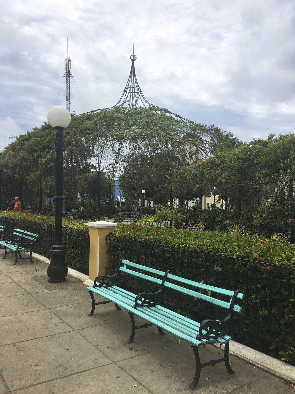 Cuba- Trinidad- Park -------------