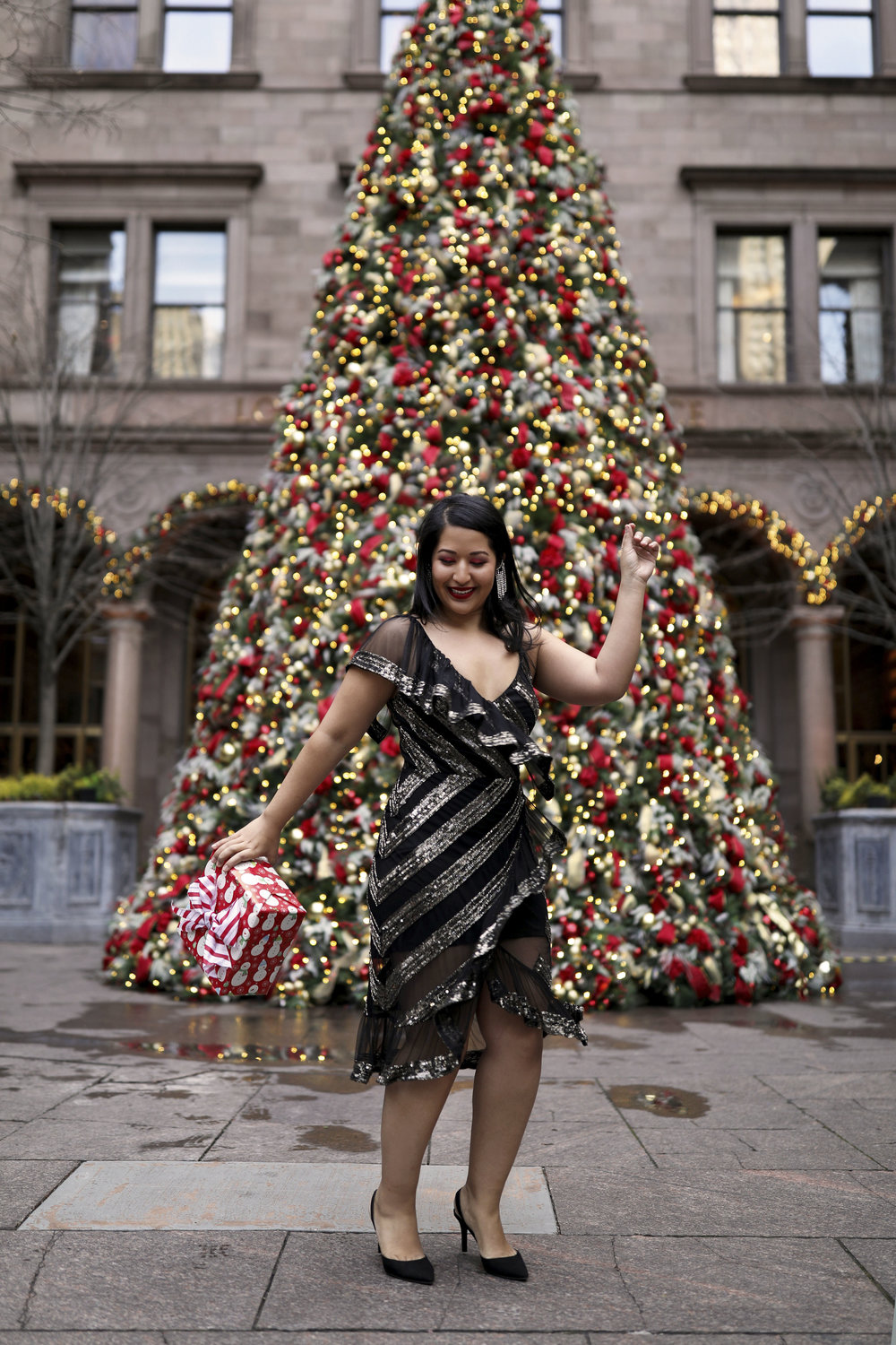 Krity S x Christmas Outfit x Beaded Short Dress8.jpg