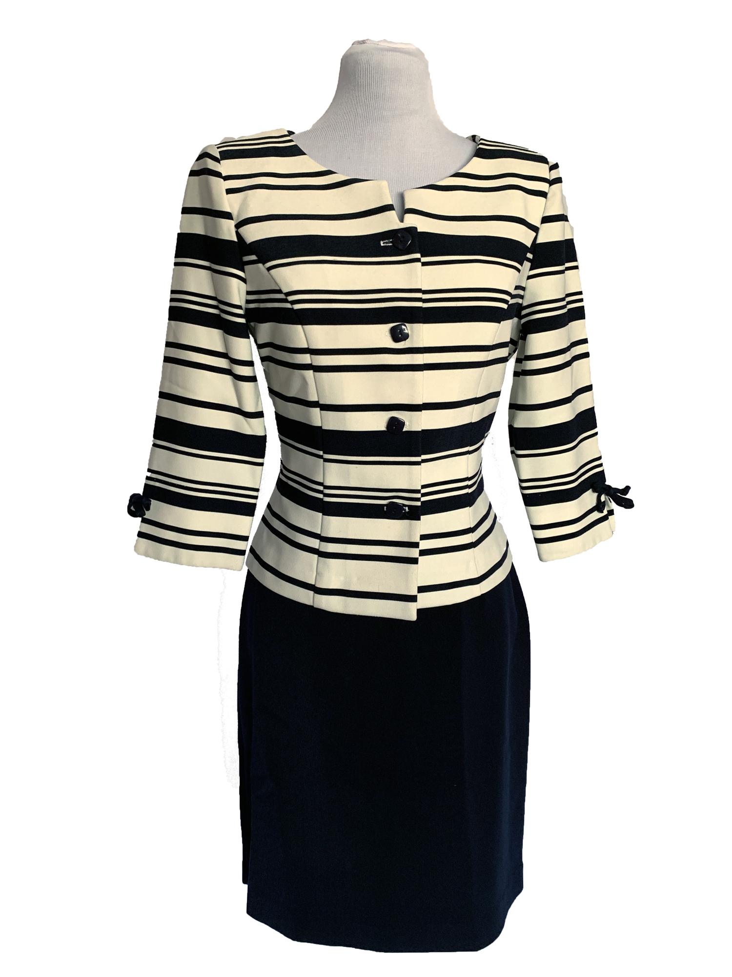 674da7f1a37fc Jessica Howard Skirt Suit l Size 4P — Second Hand Swank
