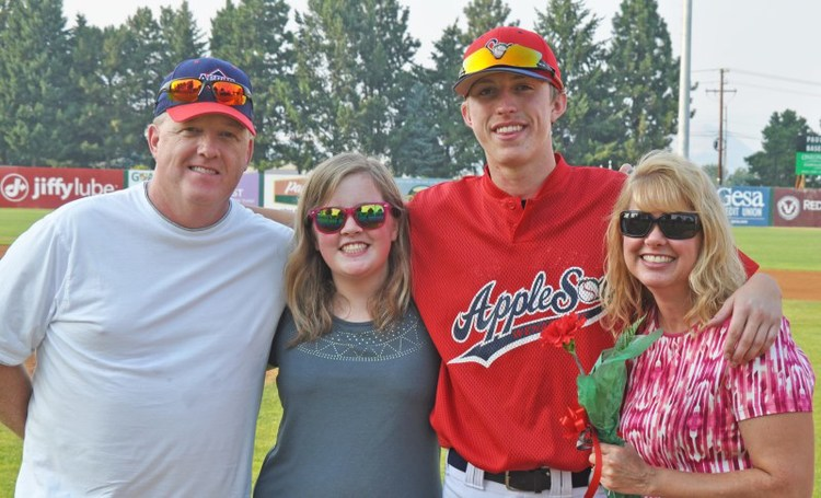 Becoming a host family is a great way to stay close with AppleSox Baseball all season young, and to become closer with our tremendous young athletes (Our players are really good at helping out around the house, too!).