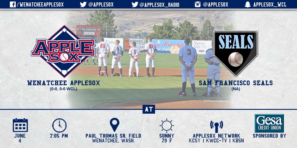 The AppleSox open 2015 at home in non-league action vs. the San Francisco Seals.