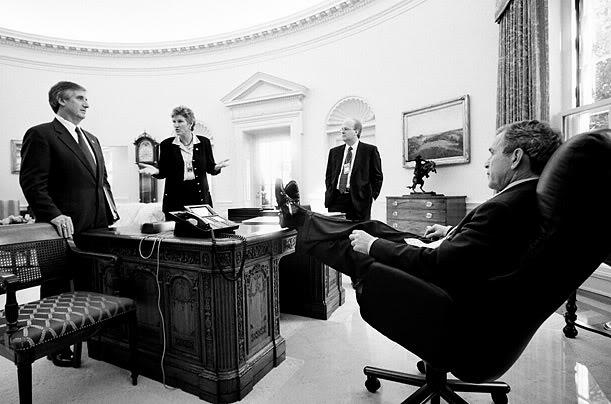 president bush resolute desk oval office