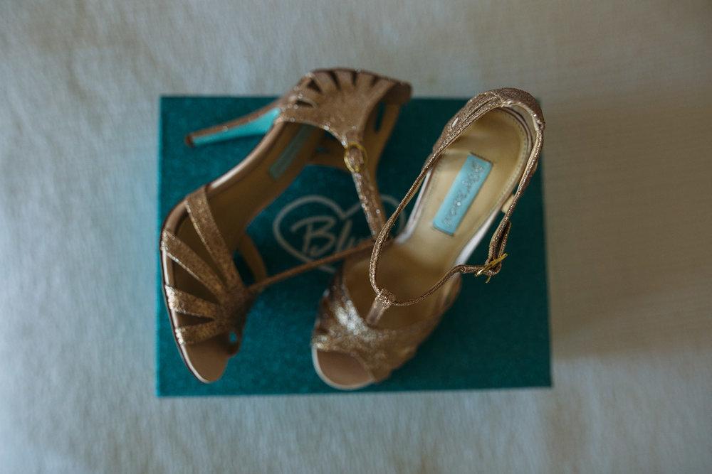 Sarah + Lloyd-Raffles Hotel wedding-Peggy Saas-6.jpg