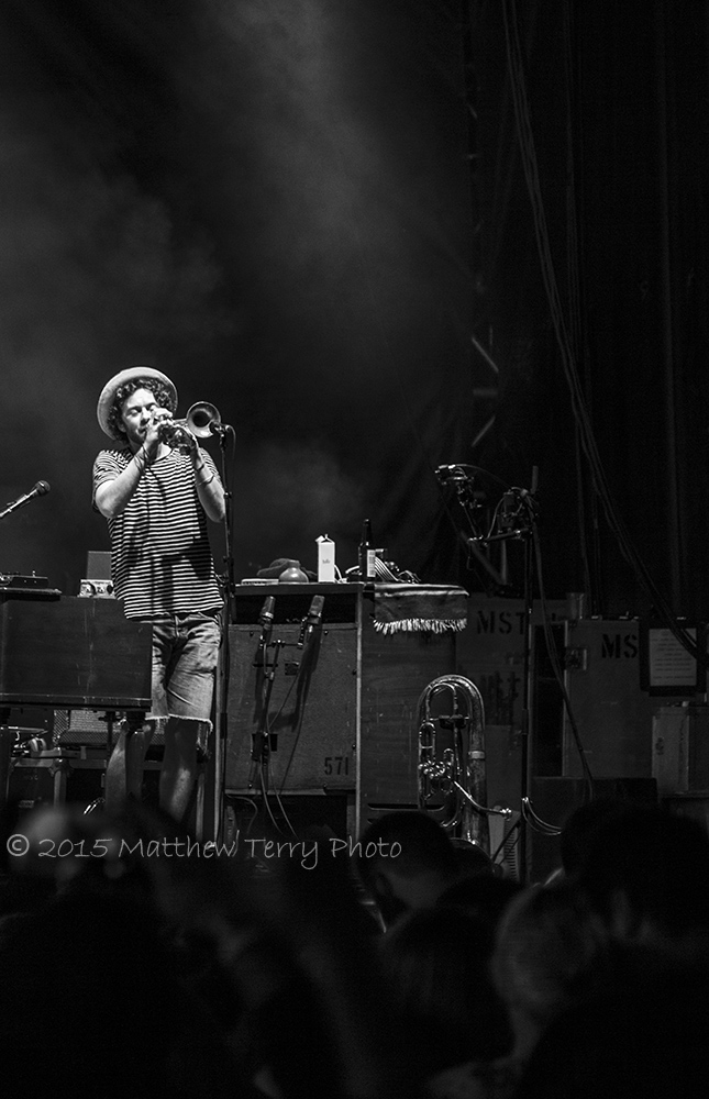 Edward Sharpe & The Magnetic Zeros 17.jpg