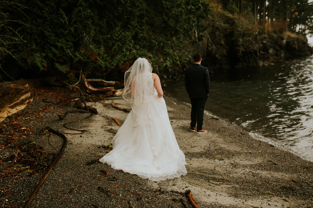 Island adventure elopement
