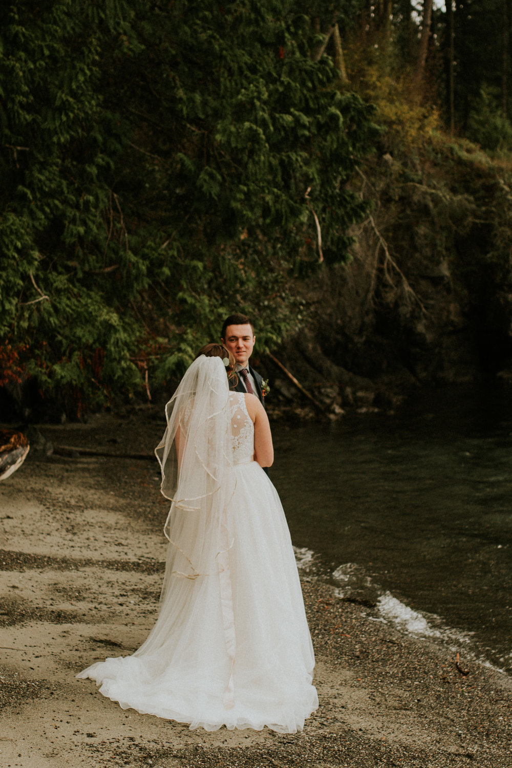 adventure-elopement-photographer
