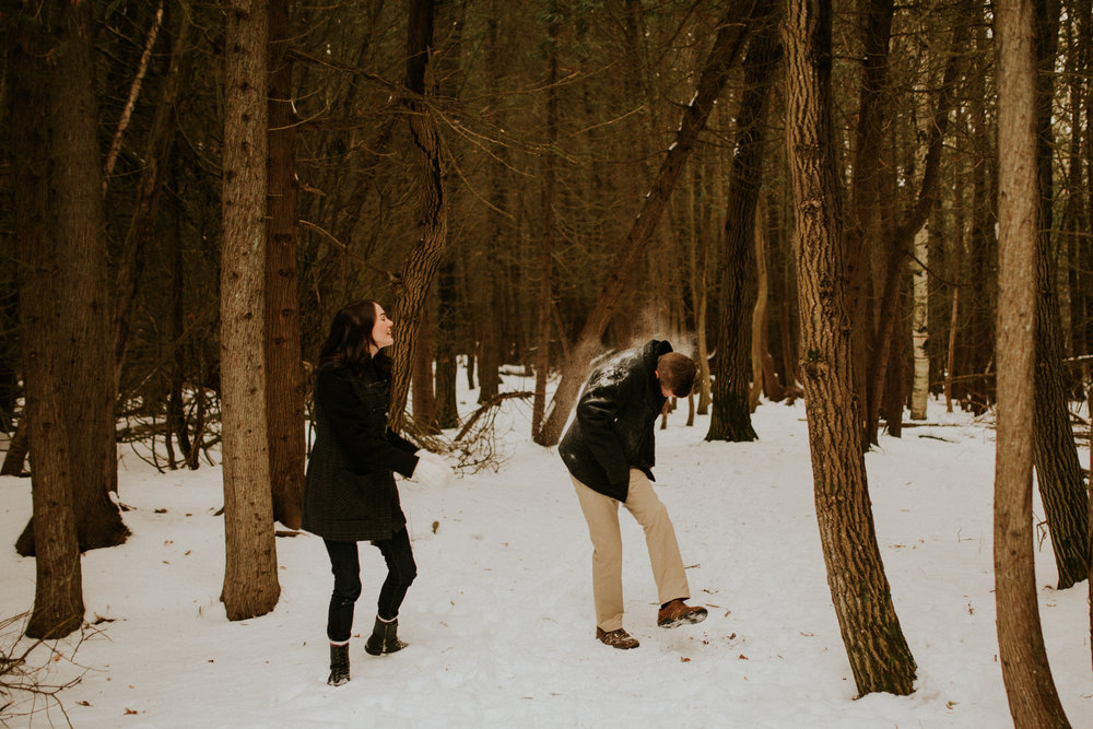 snow engagement photos presquile