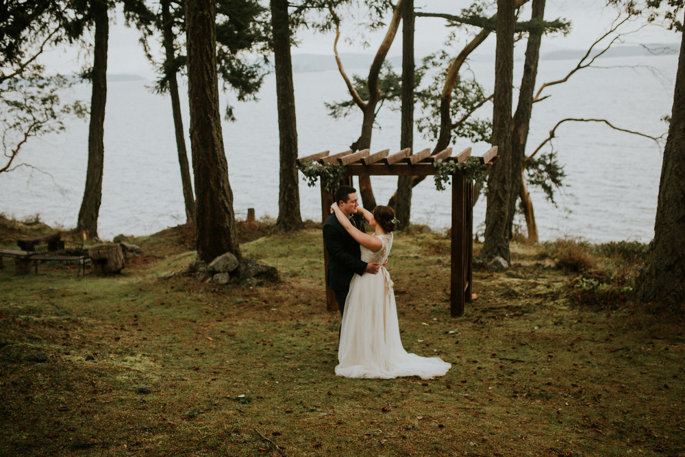 island-adventure-elopement