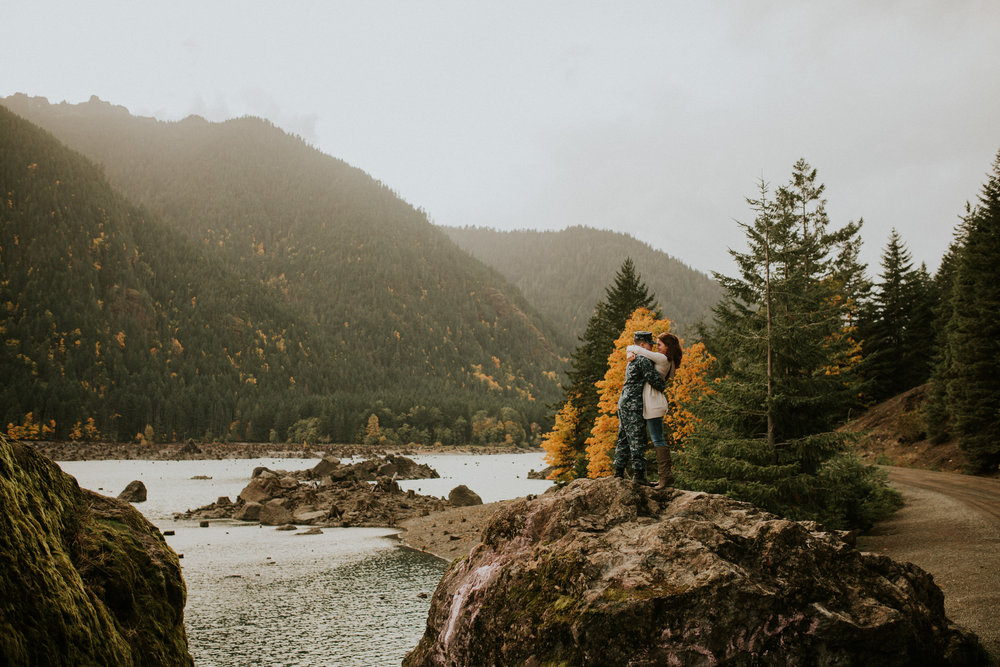 Lake-Cushman-Adventure-Engagement-photographer-breeanna-lasher-52.jpg