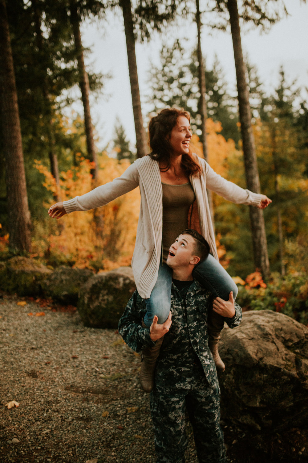 Lake-Cushman-Adventure-Engagement-photographer-breeanna-lasher-110.jpg