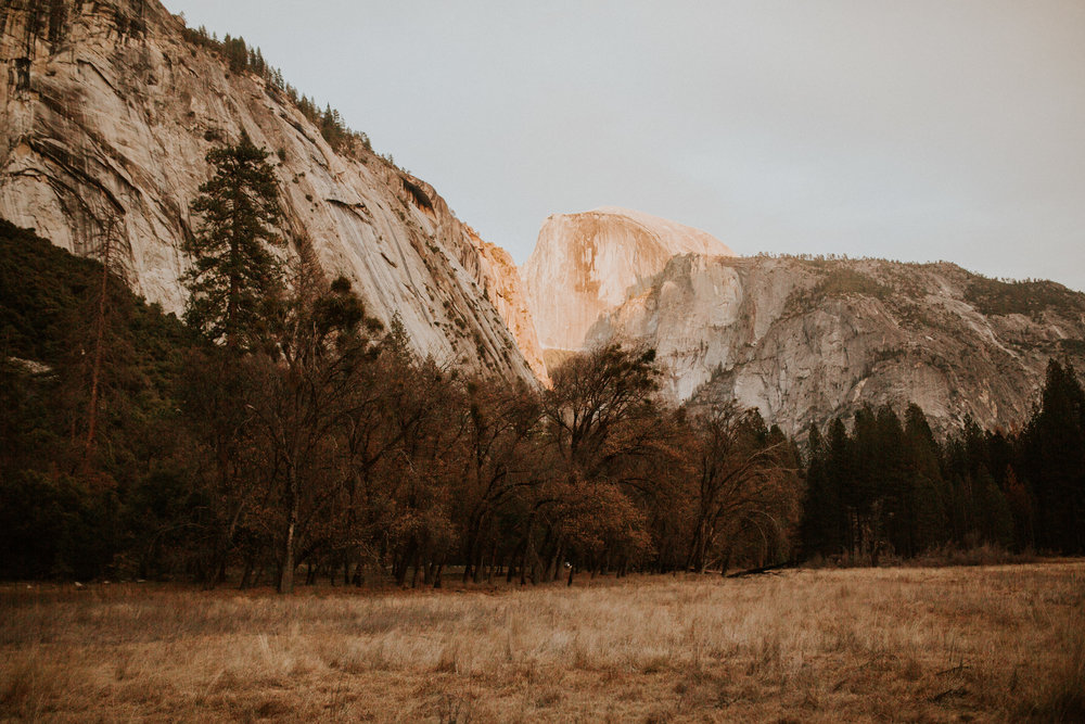 yosemite elopement photographer Breeanna lasher adventure photographer