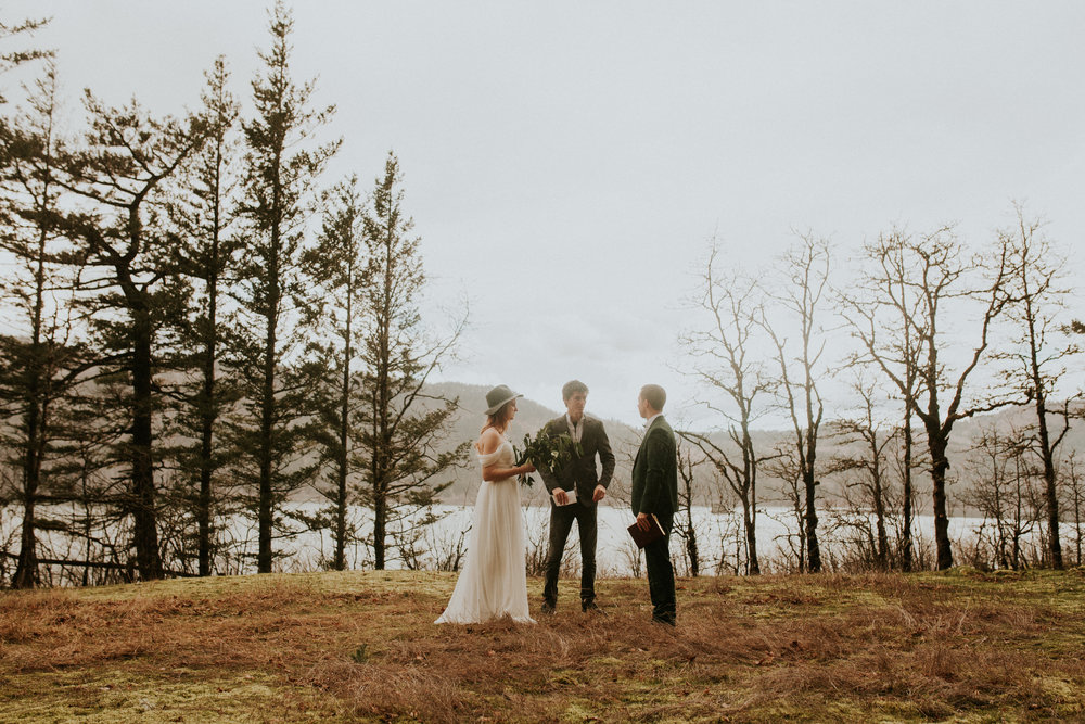columbia river gorge portland elopement and intimate wedding by bridal veil falls
