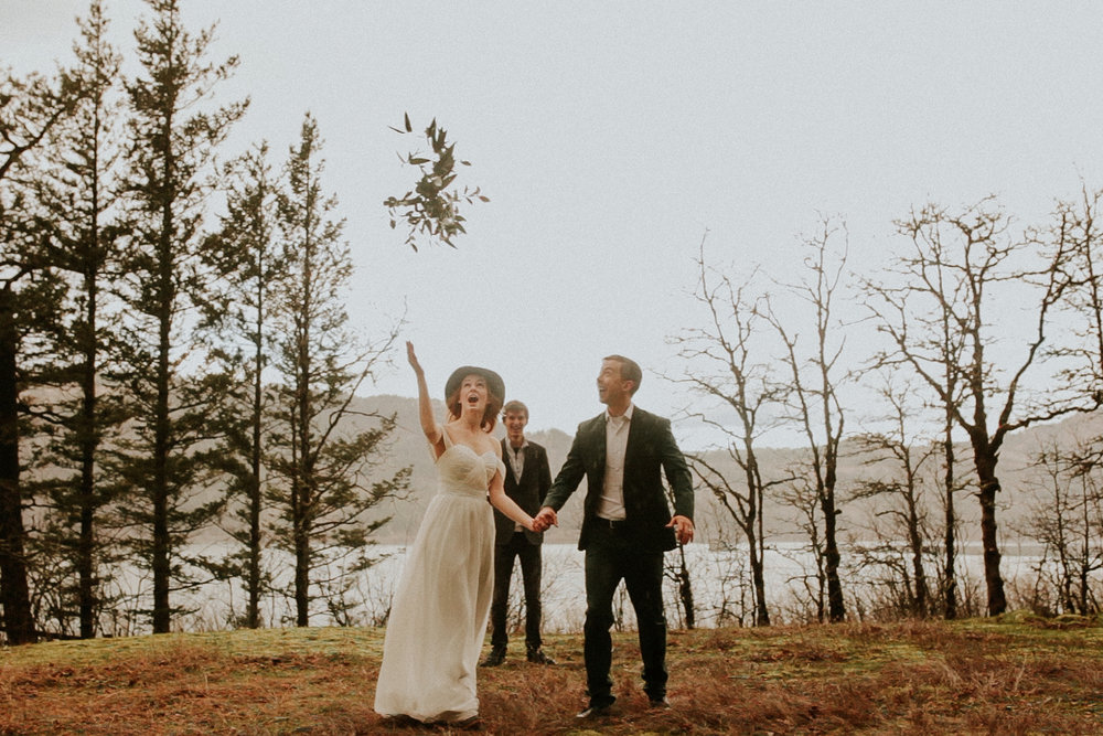 portland elopement by a waterfall bride in a hat