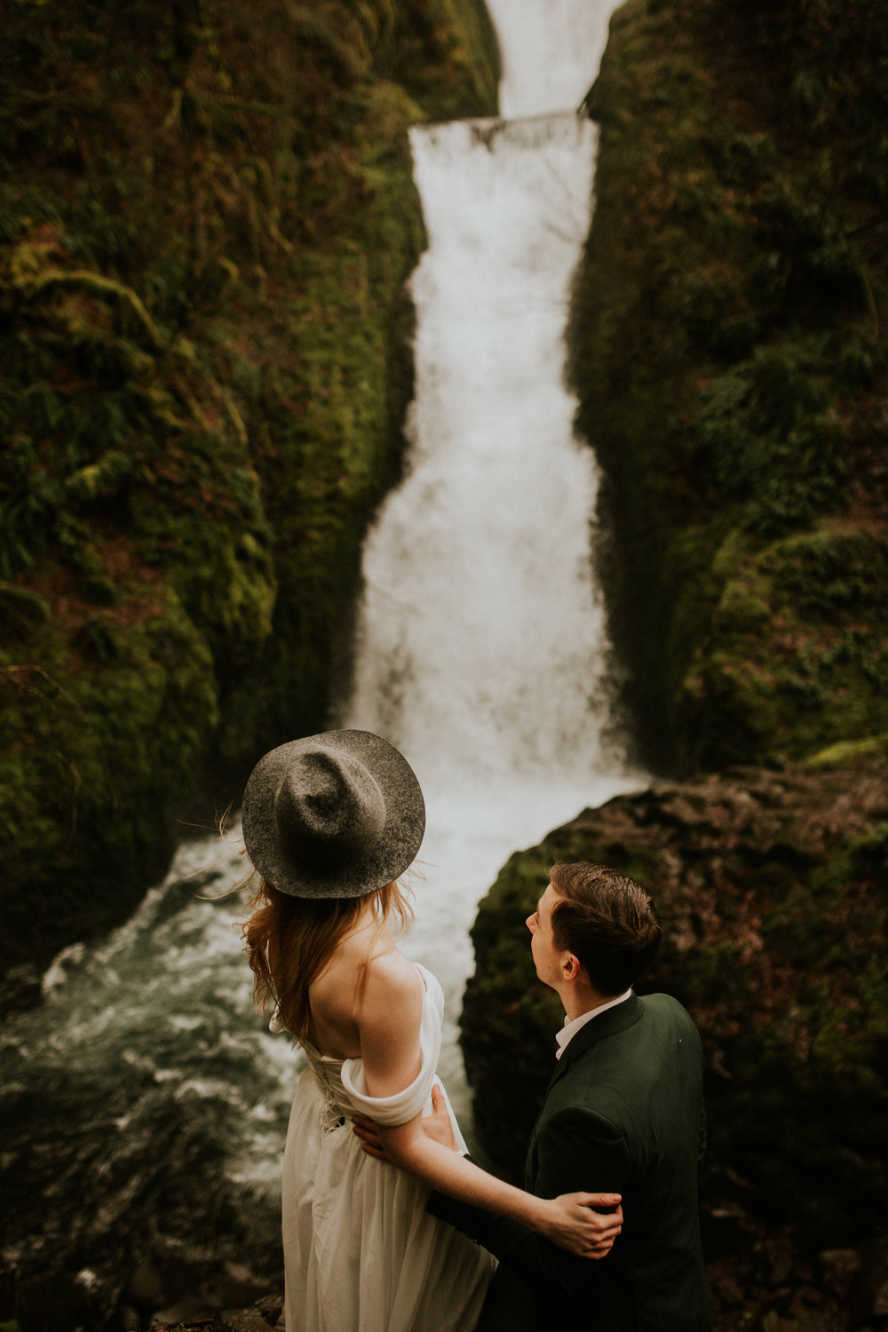 columbia river gorge elopement by BreeAnna Lasher
